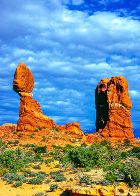 arches national park, utah, balancing rock