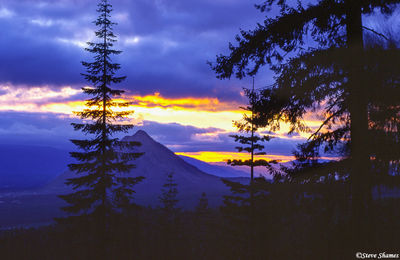 mt. shasta, northern california, black butte mountain, sunset