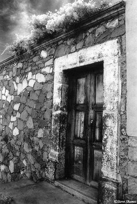 guanajuato, mexico, rustic looking door
