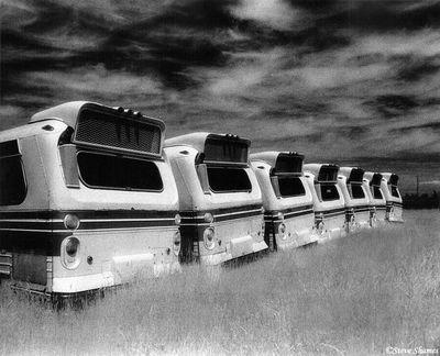 rio linda, california, mothballed buses