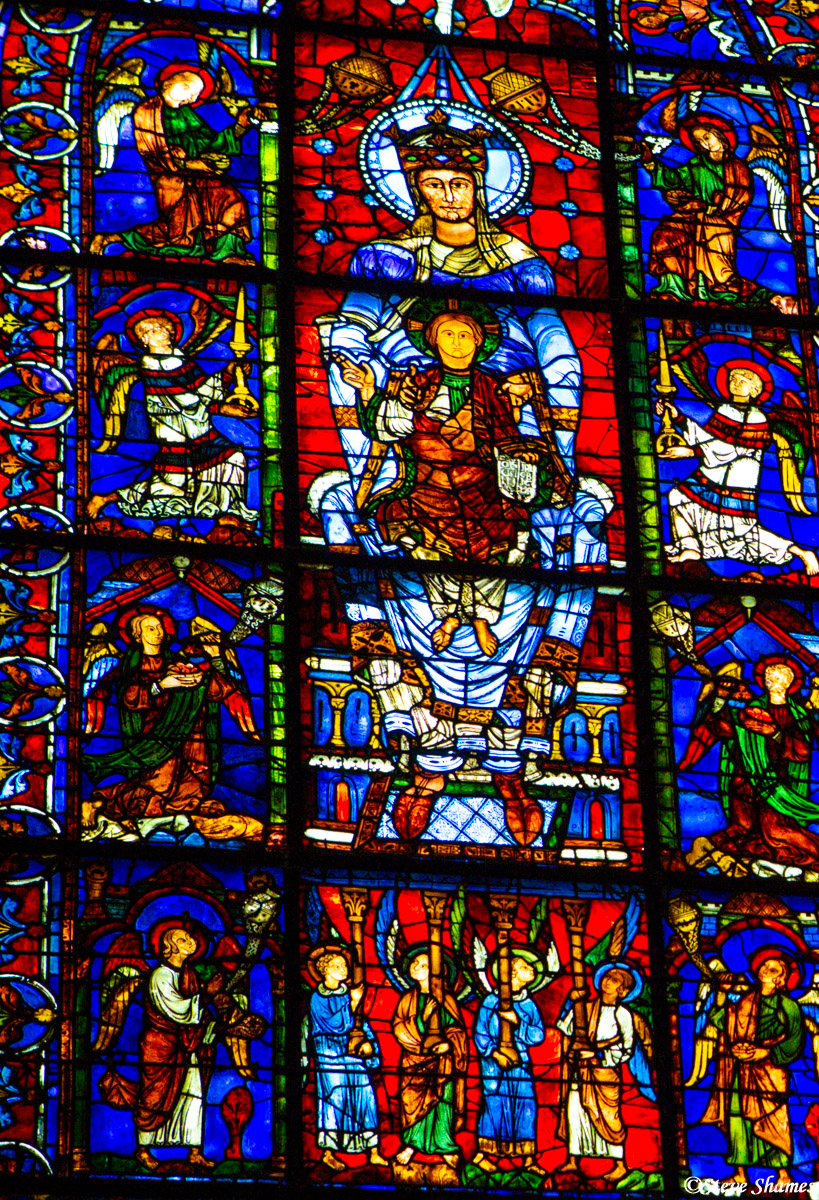 blue virgin, stained glass, chartres cathedral, photo