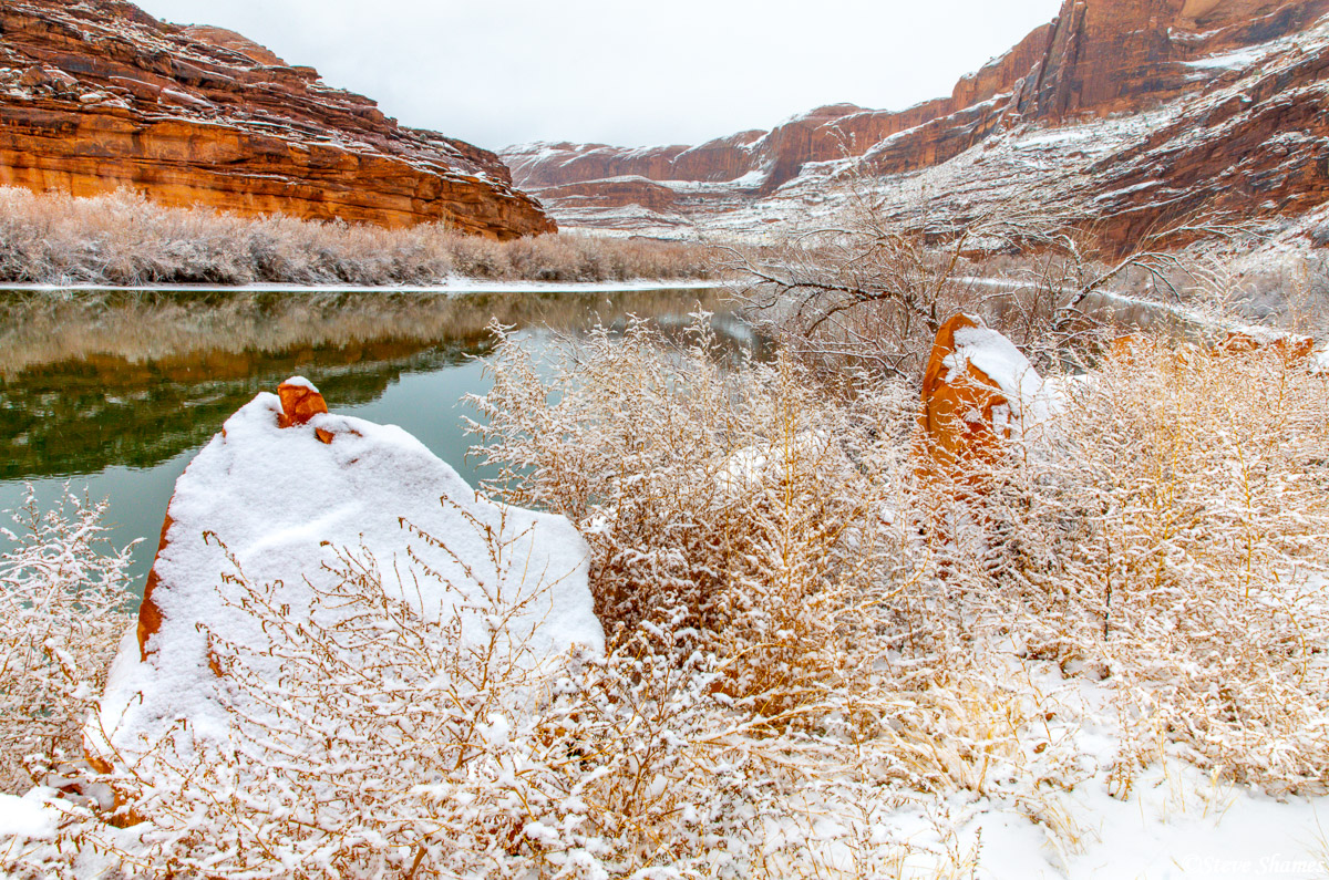 There was only 3 or 4 inches of pristine new snow, but it really livened up the Colorado River.