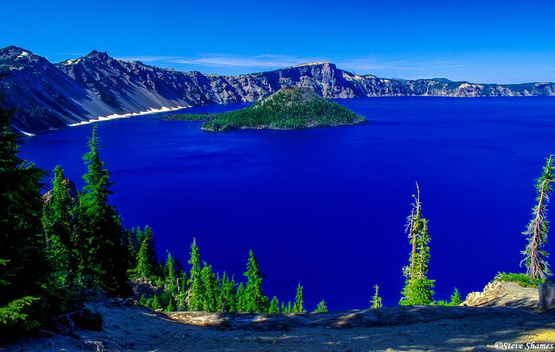 crater lake, national park, oregon, deep blue water, photo
