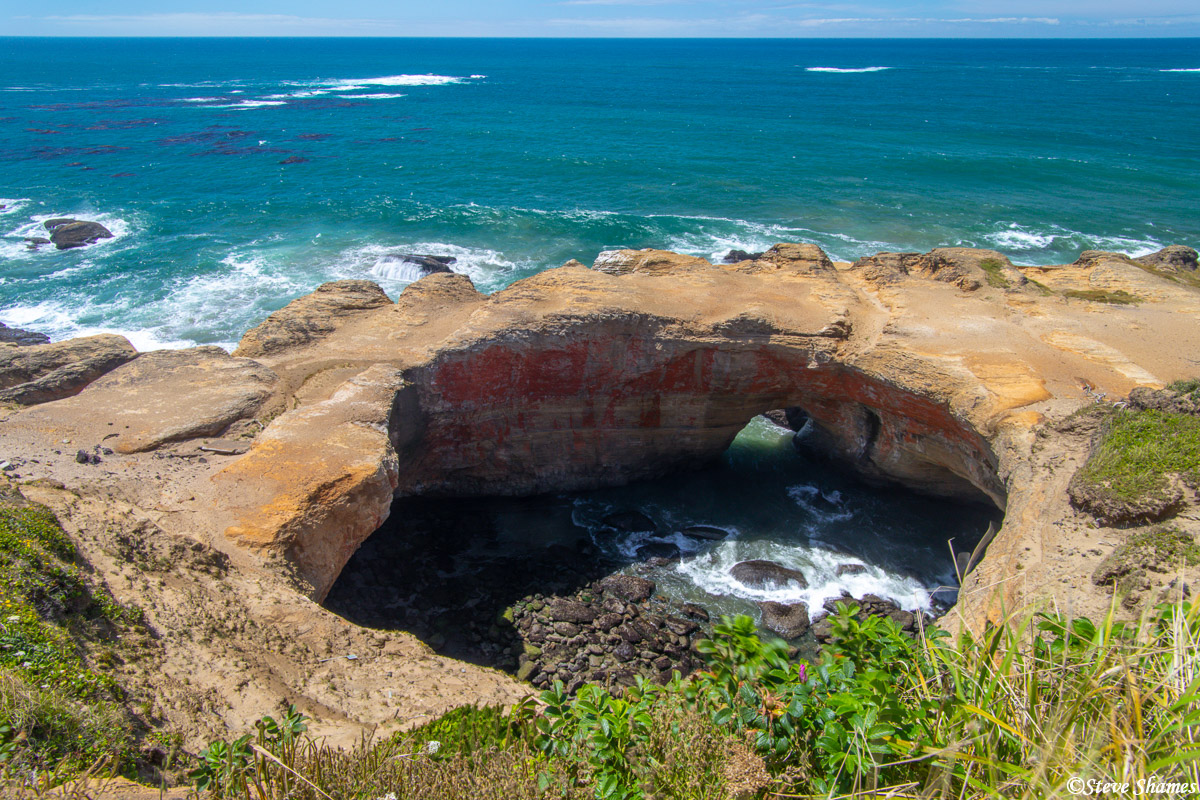 "This is known as the ""Devils Punchbowl"". There are a lot of things named after the devil on the Oregon coast, like Devils Churn..."