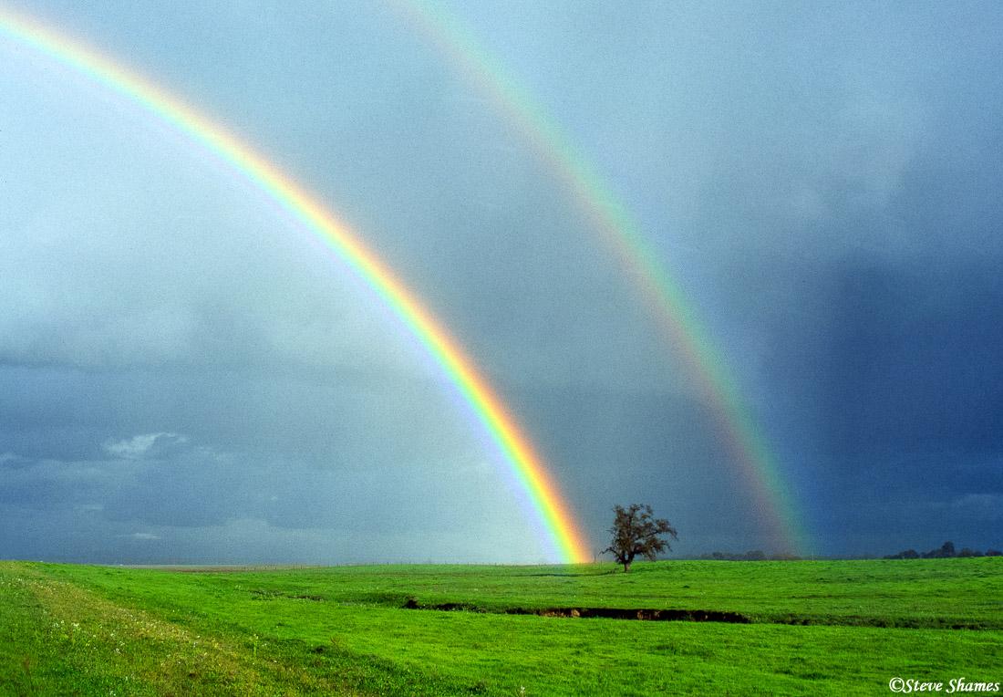 sacramento valley, california, double rainbow, photo