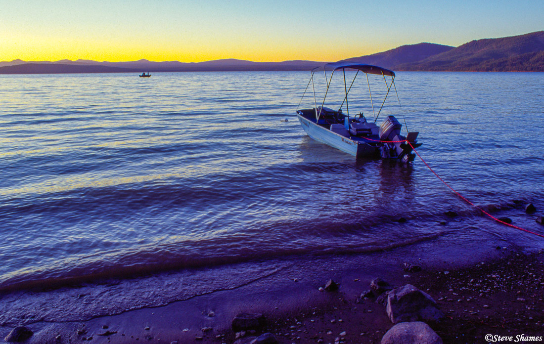 lake almanor, twilight, northern california, photo