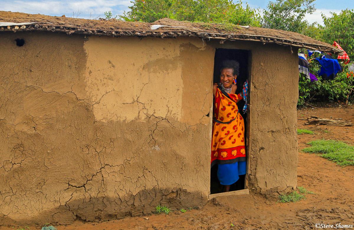 maasai hut, village kenya, photo