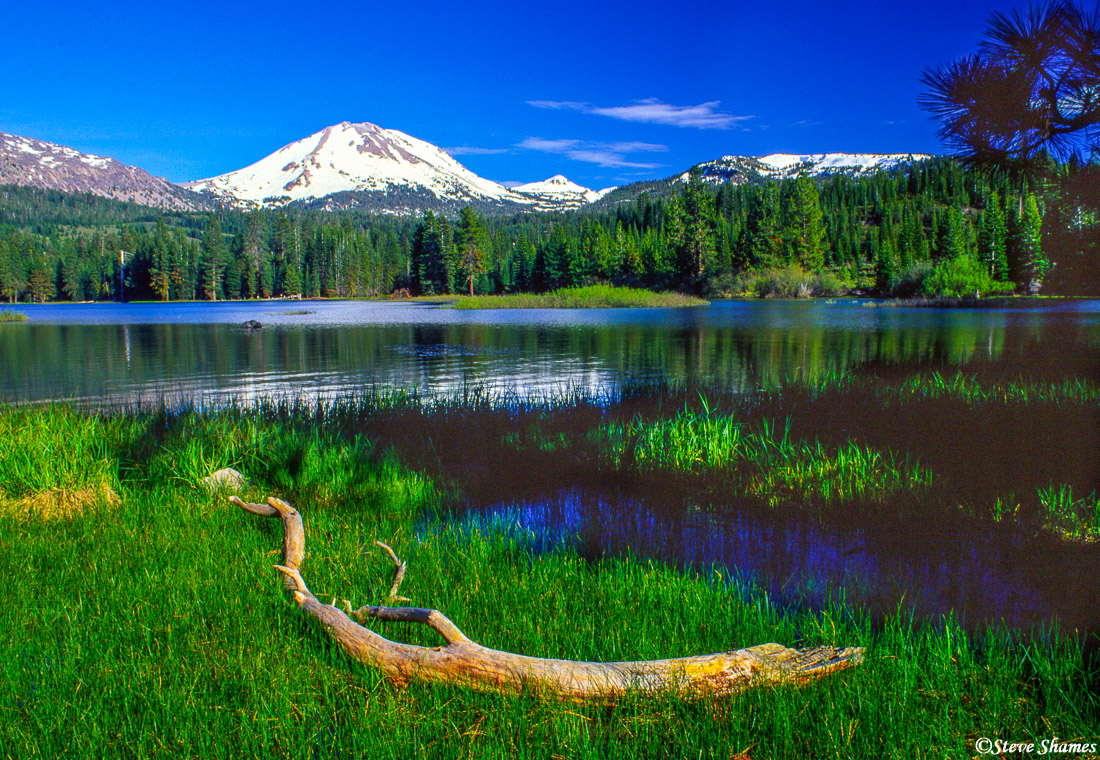 active volcano, mount lassen, national park, california, photo