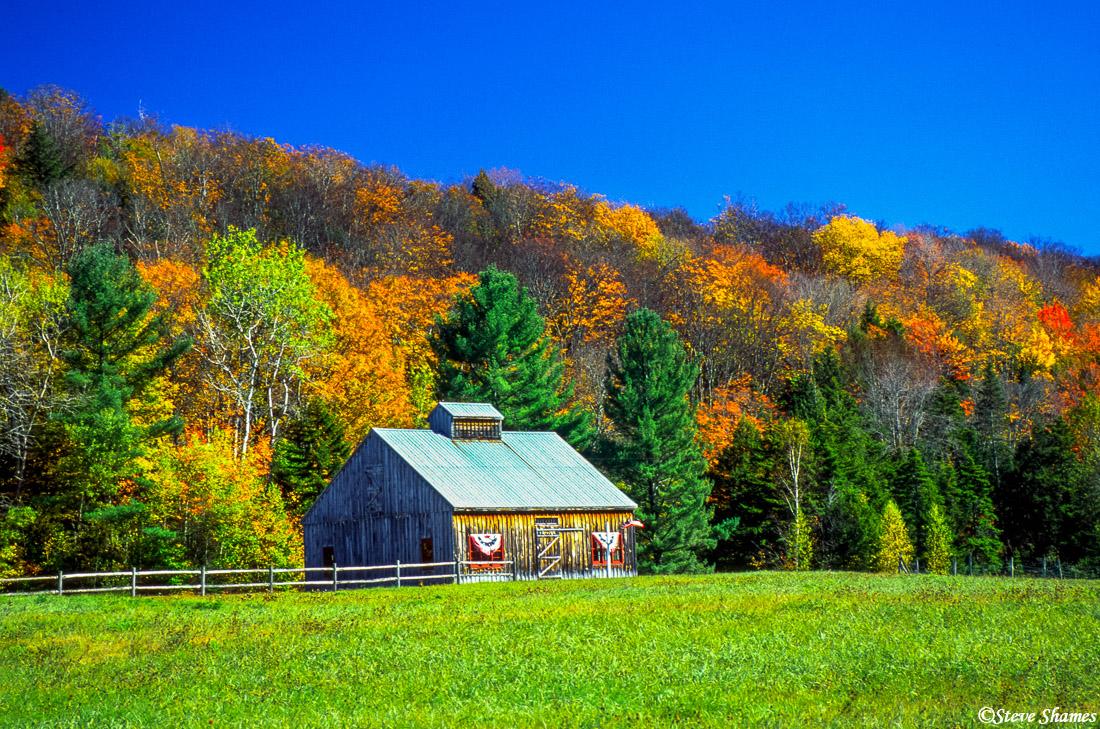 new england barn, wilmington vermont, photo