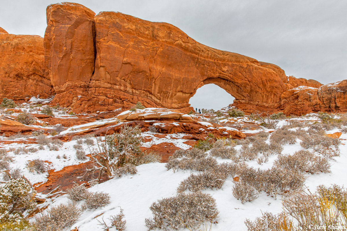 Here is the North Window Arch. At these popular arches, people are just a part of the landscape, but sometimes they are useful...