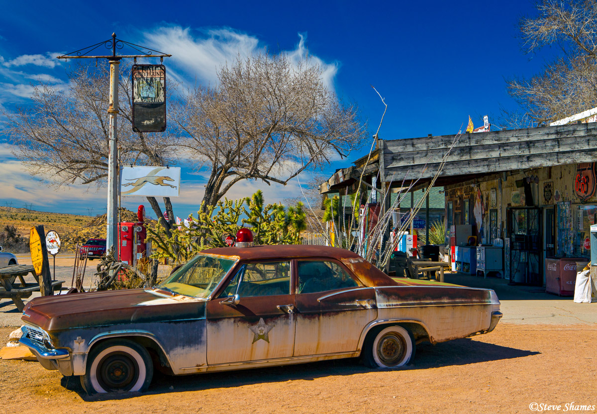 hackberry store, route 66, arizona, old rusting cars, photo