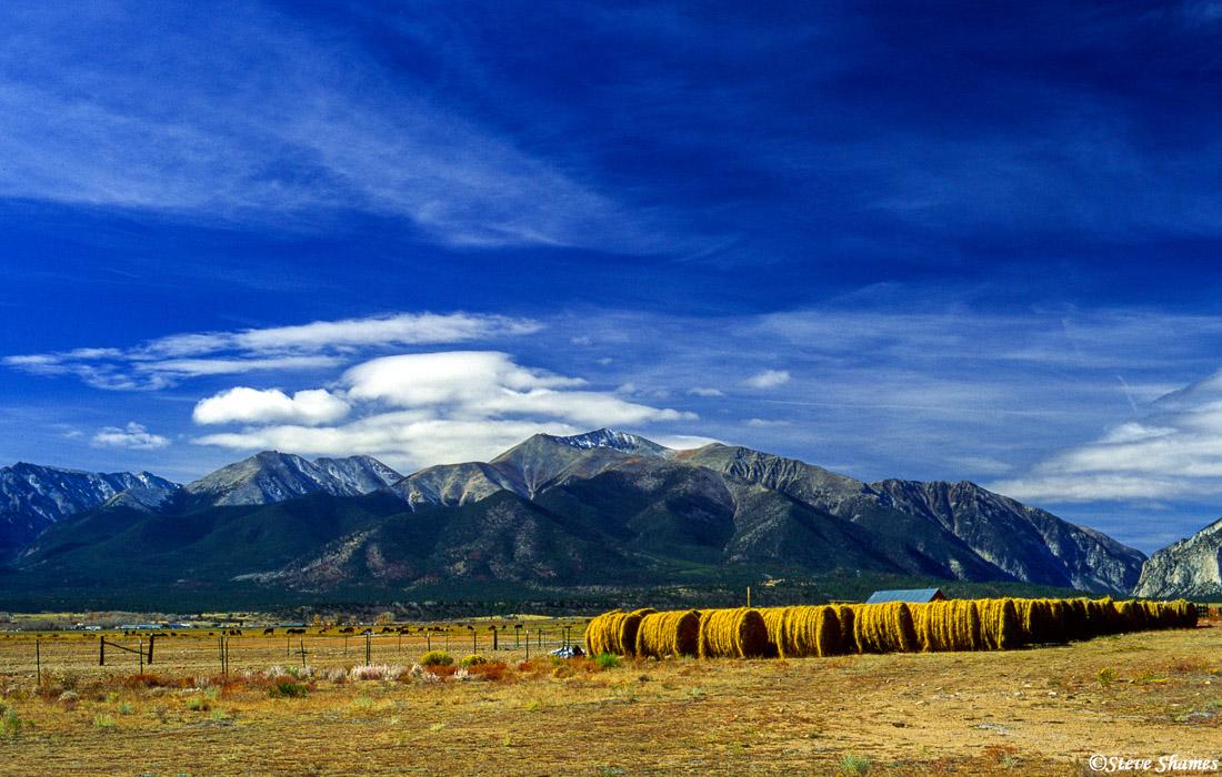 buena vista, colorado, hay bales, photo