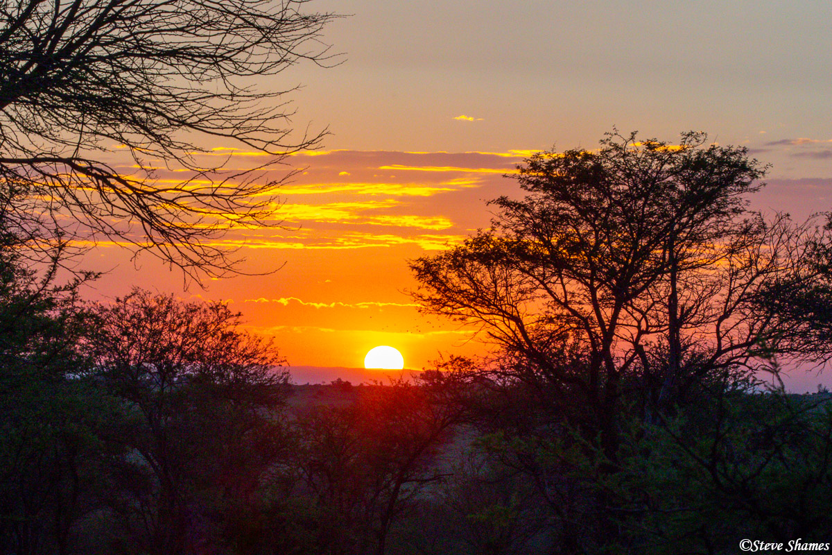 Another great sunset on the Serengeti plains!