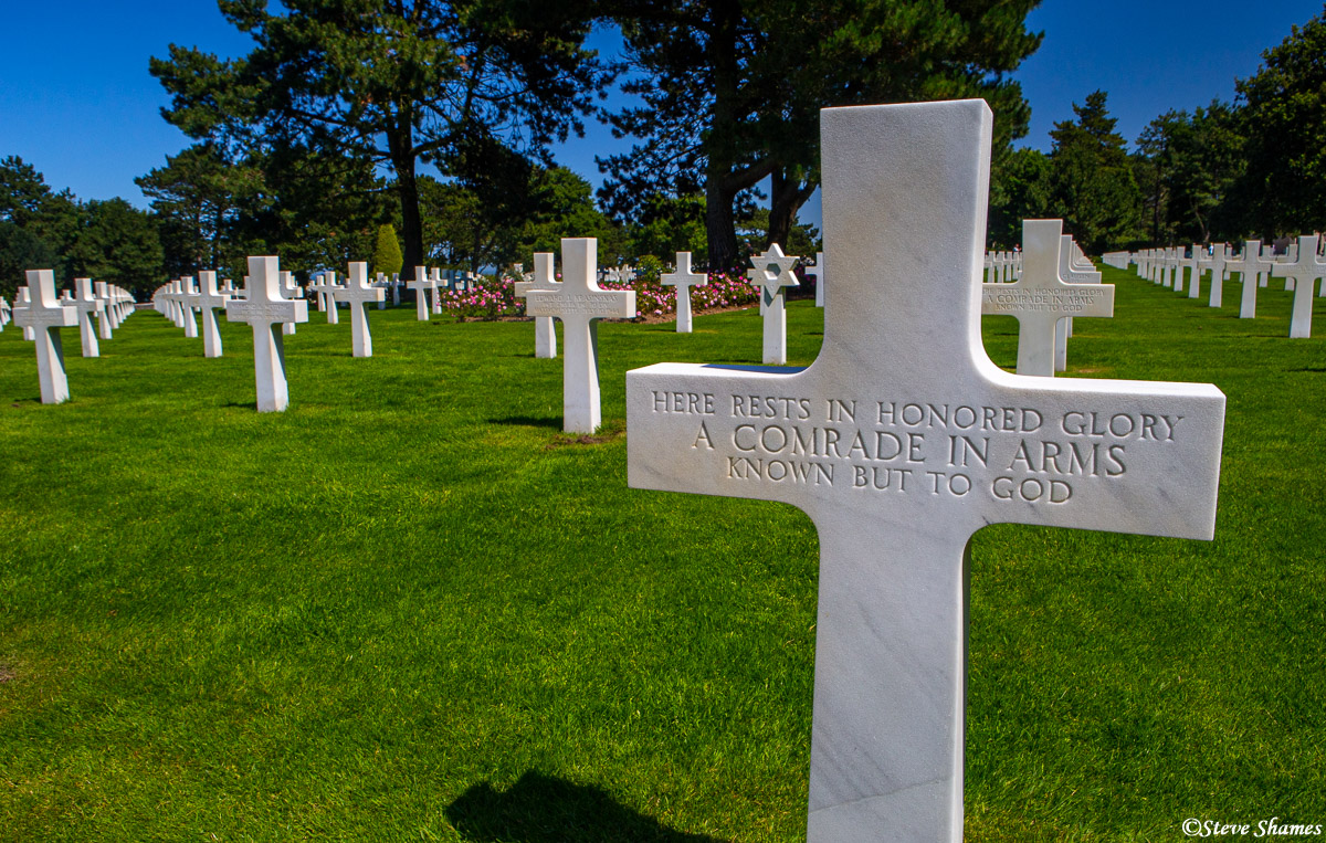 american cemetery, normandy france, unknown soldier, photo