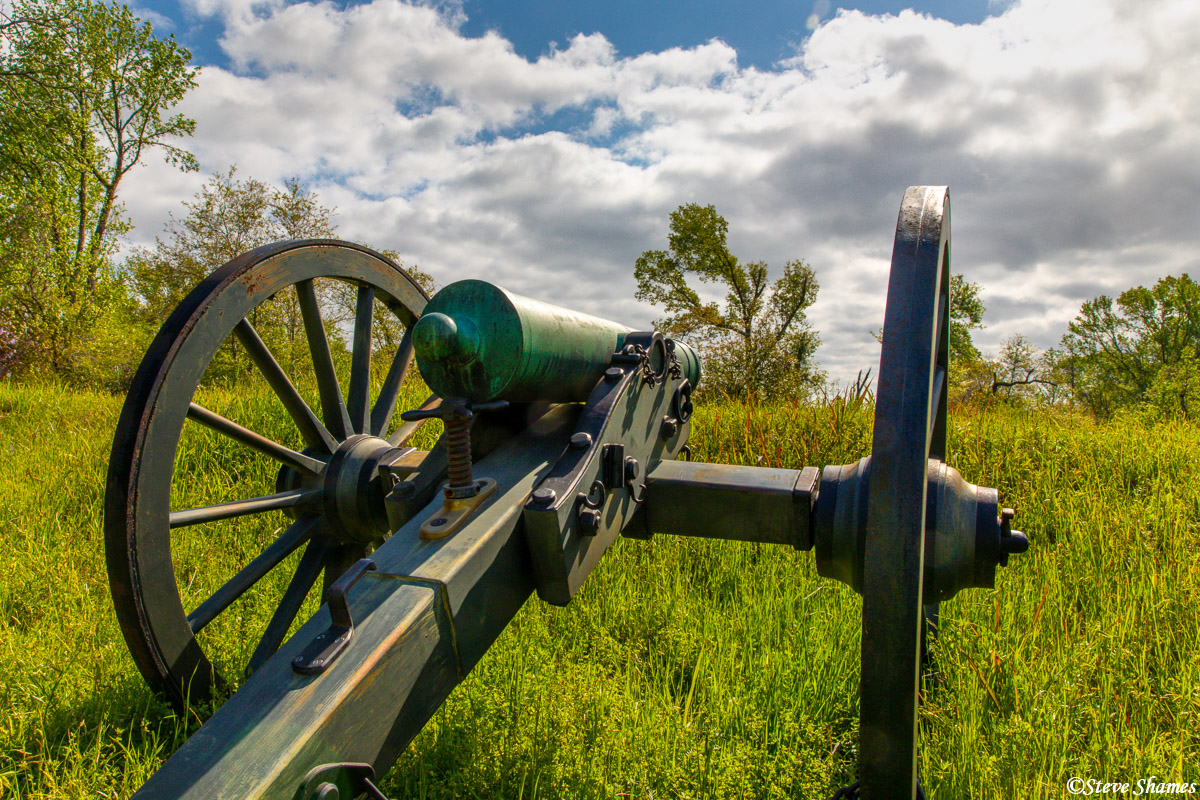 An old rustic cannon at Vicksburg Military Park.